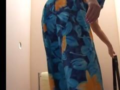 old bbw-granny takes shlong on toilette 2
